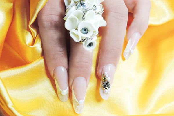 nail art sposa unghie