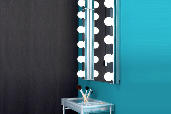 specchio postazione trucco luci ikea vanity table