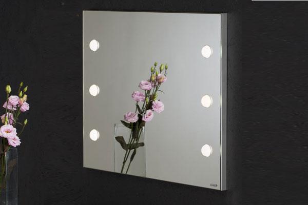 Specchio-luci-trucco-cantoni-vanity-table