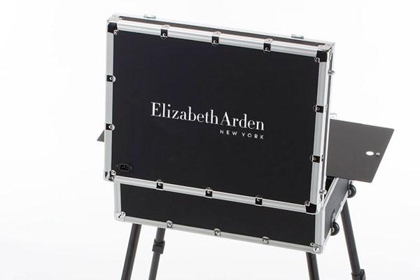 Valigia con le gambe Cantoni per Elizabeth Arden