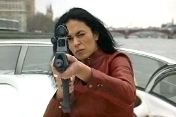Bond-girl-italiane-Mariagrazia-cucinotta