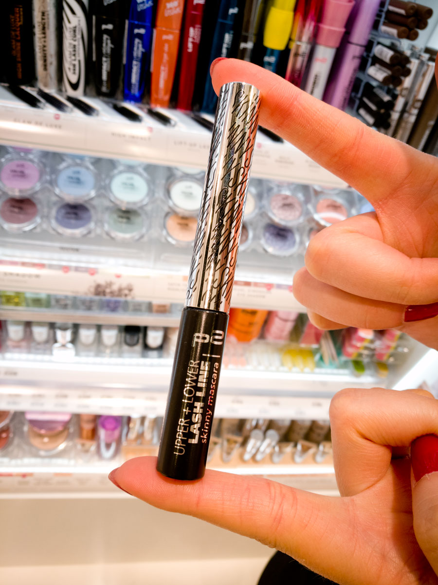 cosmoprof-2017-153-p2-cosmetics-eyeliner
