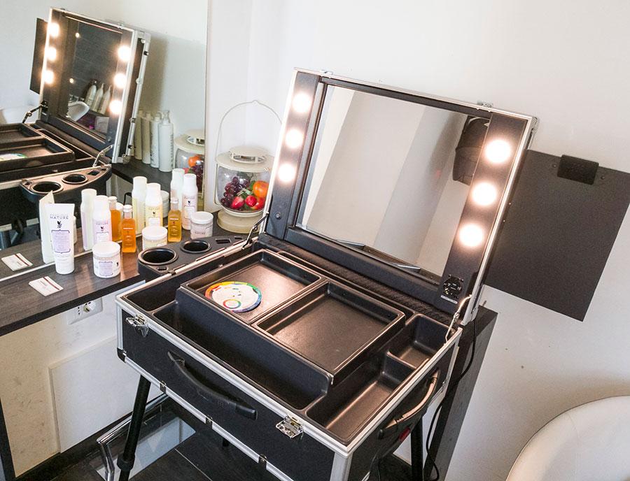 valigia gambe specchio luci professionale make up artist