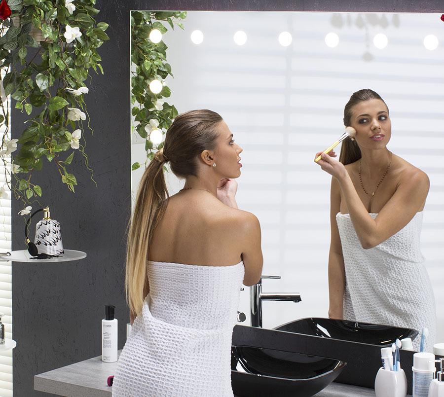 specchio-con-luci-specchi-illuminati-arredo-bagno-make-up-trucco-beauty-vanity-migliore-qualita-prezzo-cantoni-linea-unica-01