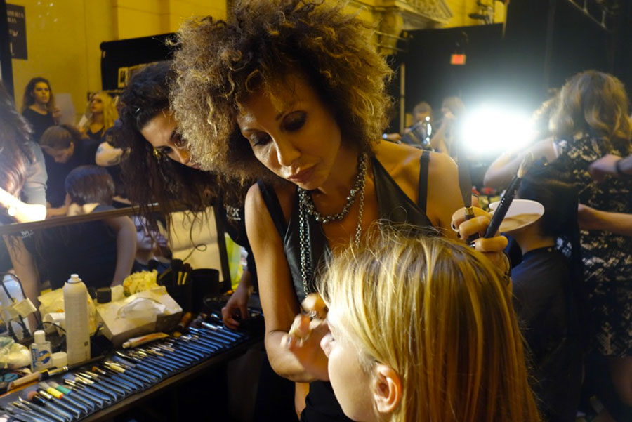 intervista-valeria-orlando-make-up-artist-donatella-versace-anna-marchese-vor-makeup-newyork-fashion-week-ss-2017-01