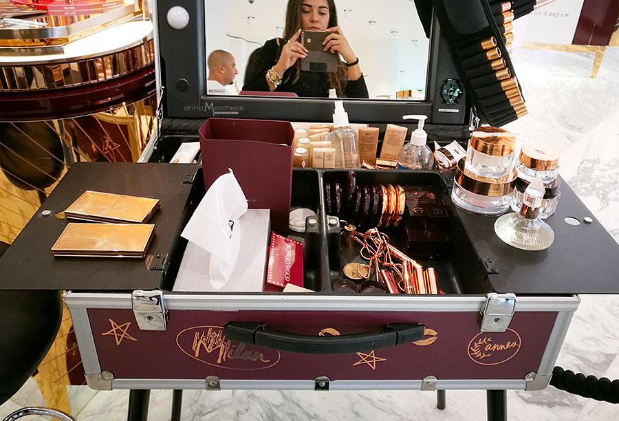 postazioni-trucco-charlotte-tilbury-makeup-corner-per-eventi-press-day-saloni-centri-commerciali-profumerie-06