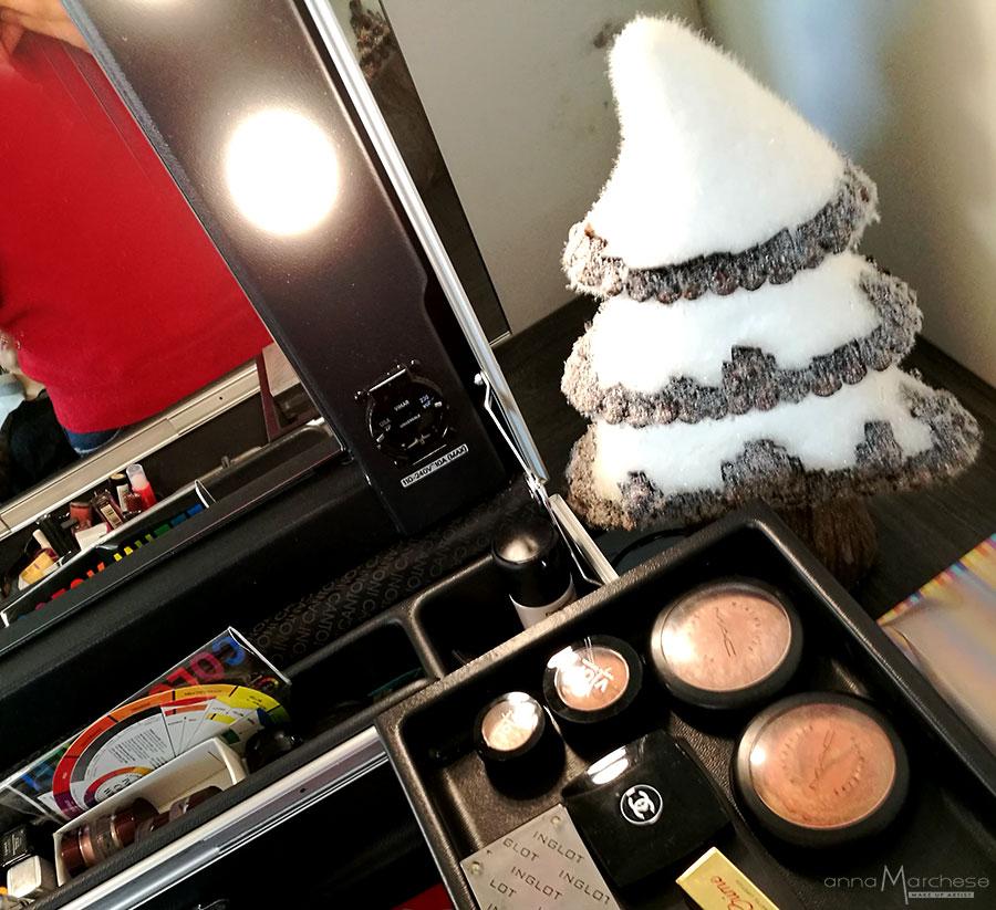postazioni-trucco-makeup-per-eventi-press-day-saloni-centri-estetici-natale-01