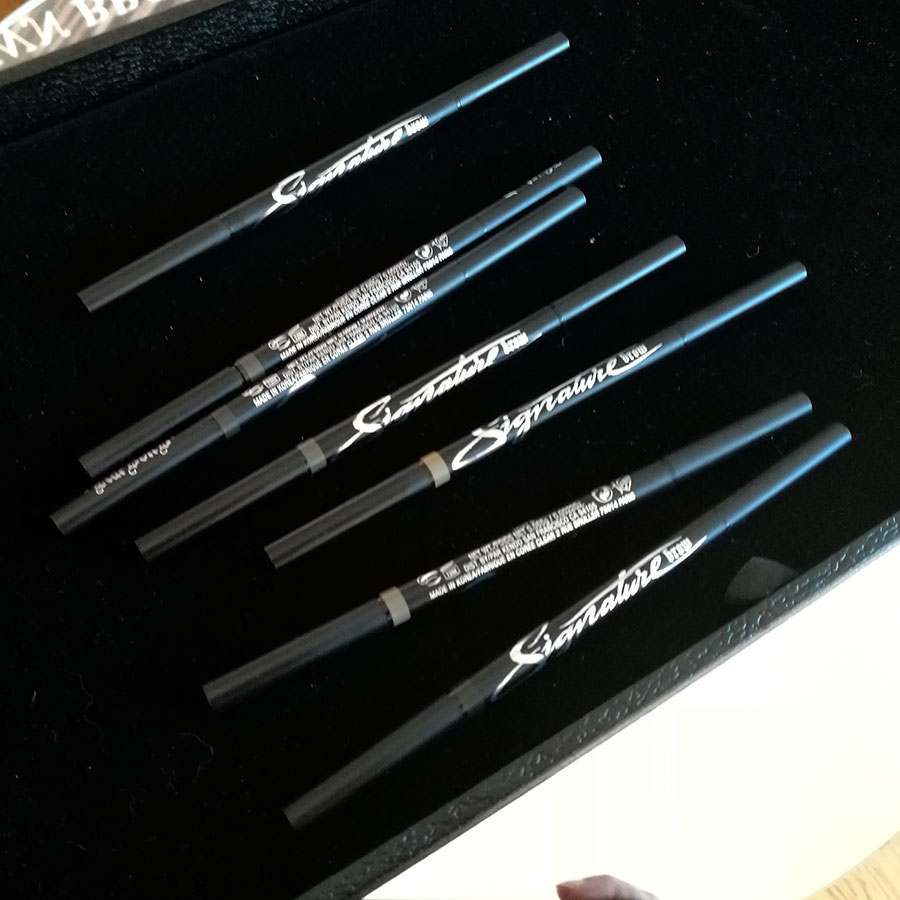 KAT VON D Signature brow pencil foto matita sopracciglia