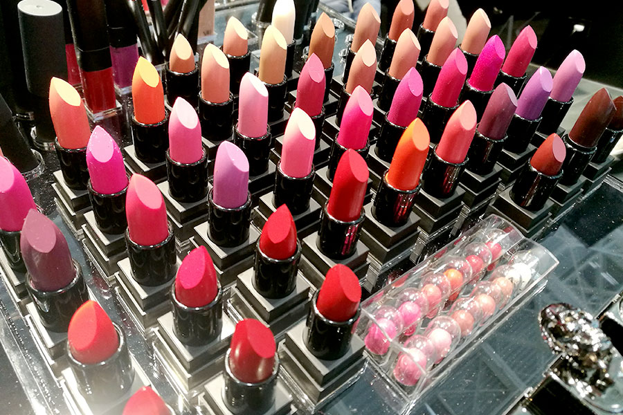 novita-makeup-cosmoprof-2019-ak-cosmetics-simone-belli-lipstick-rossetti-labbra-matte-review-recensioni