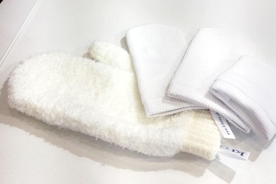 novita-makeup-cosmoprof-2019-kt-home-make-up-remover-glove-guabto-struccante