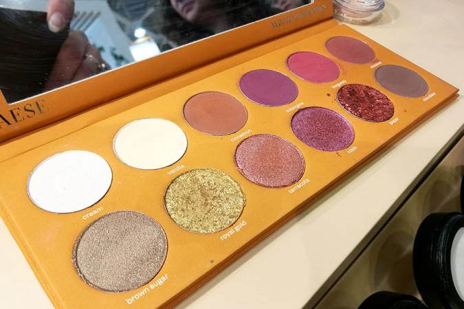 novita-makeup-cosmoprof-2019-paese-cosmetics-makeup-eyeshadow-palette-hot
