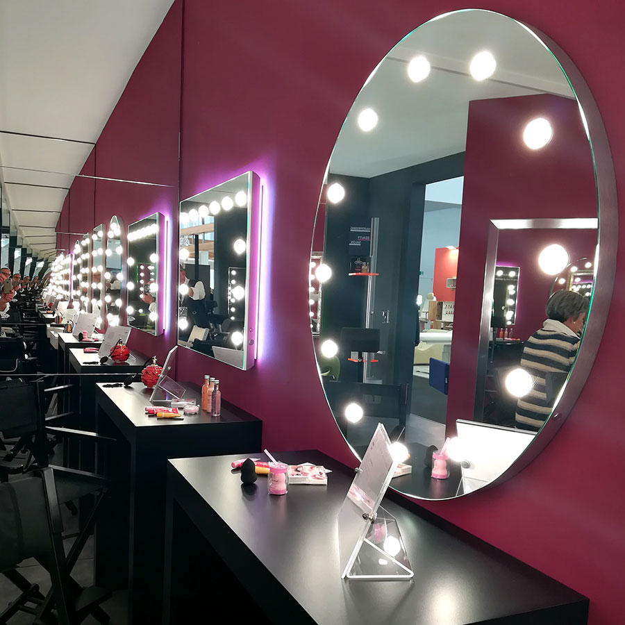 specchi-con-le-luci-lighted-mirror-makeup-arredo-design-beauty-center