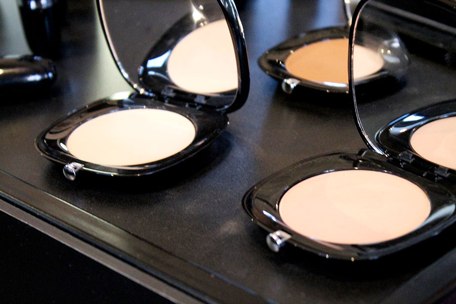 marc-jacobs-beauty-accompliance-instant-blurring-powder-novita-sephora.italia-makeup-trucco-estate-2019
