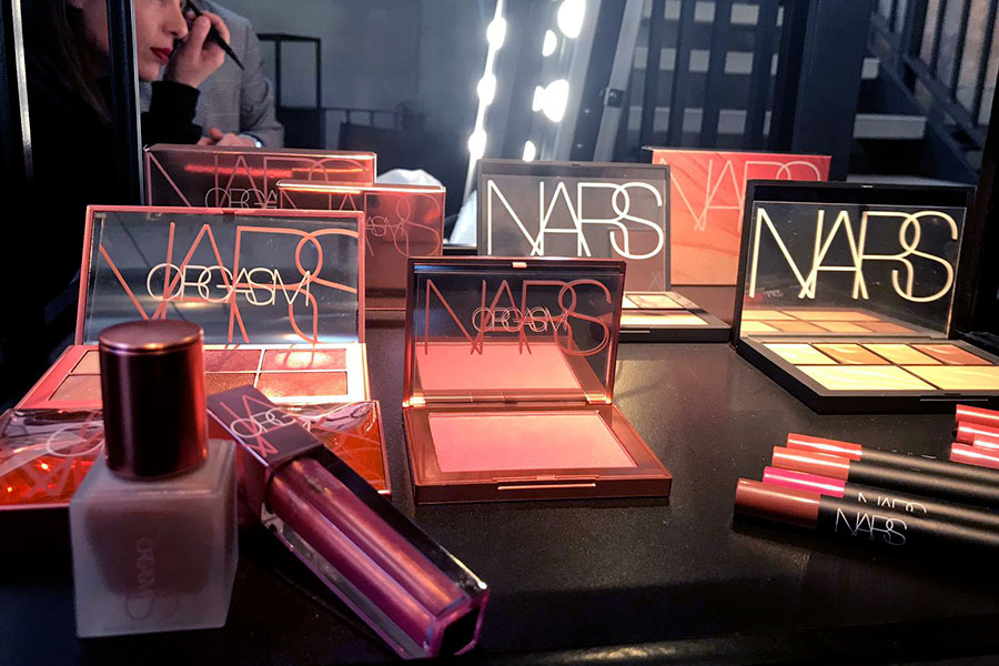 nars-orgasm-collection-illuminante-olio-tinta-labbra-endless-orgasm-palette-novita-sephora.italia-makeup-trucco-estate-2019