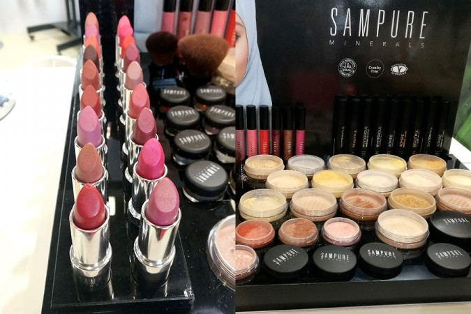 novita-makeup-cosmoprof-2019-sampure-mineral-foundation-lipstick-review