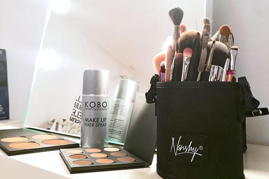 porta-pennelli-per-kit-makeup-trucco-professionale-brush-holder-come-organizzare-i-pennelli-postazione-trucco