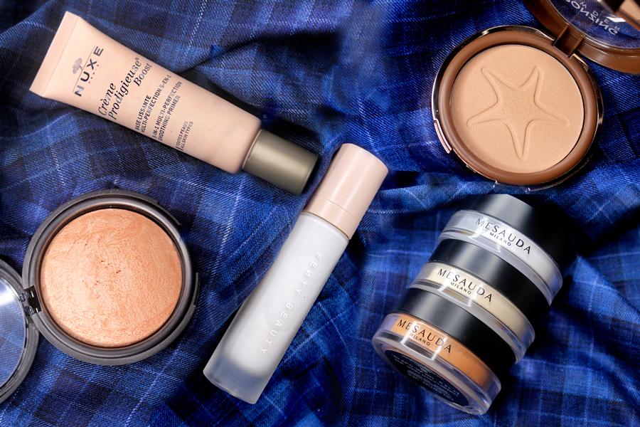 I prodotti makeup migliori per pelli miste grasse: primer, cipria, fondotinta opacizzante, blush e terra